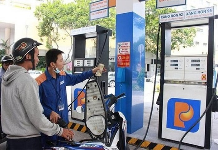 Chưa thông qua đề xuất tăng thuế môi trường với xăng dầu (13/7/2018)