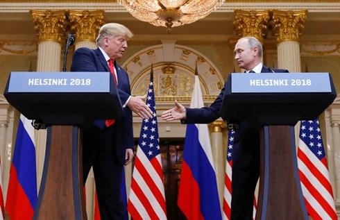 Sóng gió đối với Tổng thống Mỹ sau cuộc gặp thượng đỉnh Mỹ -Nga (17/7/2018)