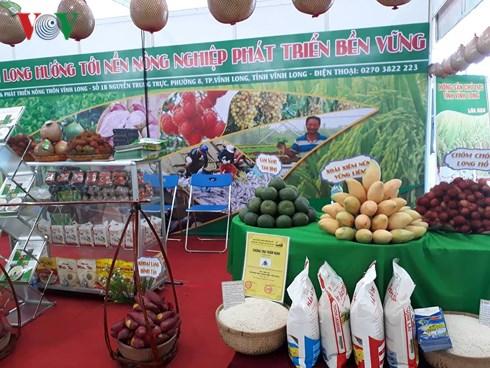 Doanh nghiệp góp phần quảng bá nông sản Việt (6/7/2018)