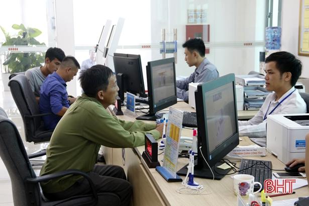 Hiệu quả sau 1 năm hoạt động của Trung tâm dịch vụ hành chính công tỉnh Hà Tĩnh (20/8/2018)
