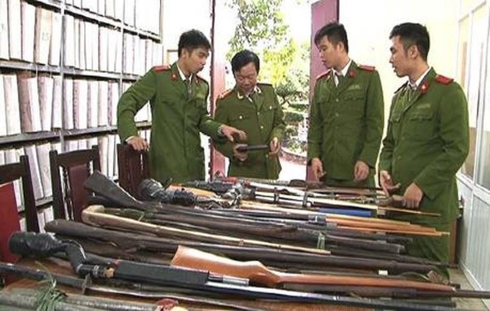 Tăng cường phòng, chống tội phạm sử dụng vũ khí vật liệu nổ và công cụ hỗ trợ gây án (8/8/2018)