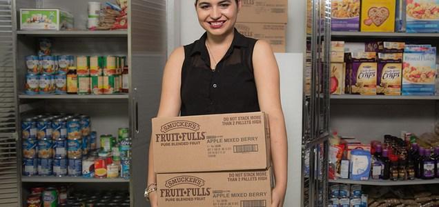 Cô gái trẻ với sáng kiến xây dựng hệ thống cung cấp thực phẩm cho người nghèo (14/8/2018)