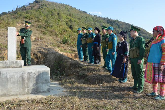Hà Giang: Người dân tích cực tham gia bảo vệ đường biên (11/8/2018)