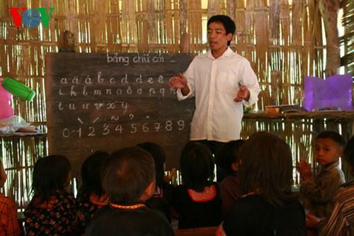 Nỗi lòng giáo viên cắm bản vùng biên trước thềm năm học mới (21/8/2018)