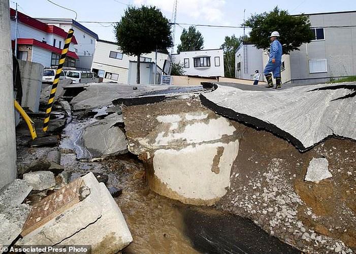 Nhật Bản liên tiếp phải gánh chịu những thiệt hại do siêu bão và động đất (Thời sự chiều 6/9/2018)