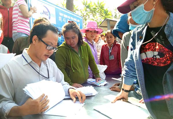 Trước tình trạng doanh nghiệp nợ đọng kéo dài, Bảo hiểm xã hội tỉnh Gia Lai chuyển hồ sơ sang cơ quan công an xử lý (Thời sự sáng 22/9/2018)