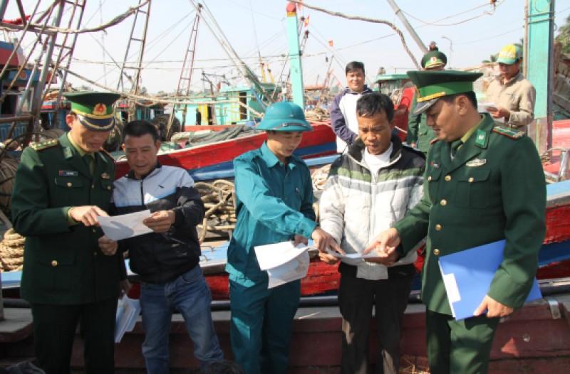 Nâng cao hiểu biết pháp luật của ngư dân khi hoạt động trên biển (17/1/2019)