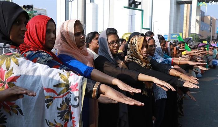 Cuộc chiến của phụ nữ Ấn Độ giành quyền vào đền thiêng (4/1/2019)
