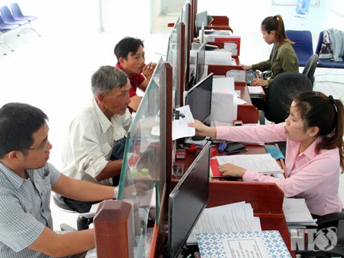 Kết quả sau 1 năm thực hiện Nghị quyết 18 của Ban chấp hành Trung ương Đảng khóa 12, một số vấn đề về tiếp tục đổi mới sắp xếp tổ chức bộ máy của hệ thống chính trị tinh gọn, hoạt động hiệu lực, hiệu quả (29/1/2019)