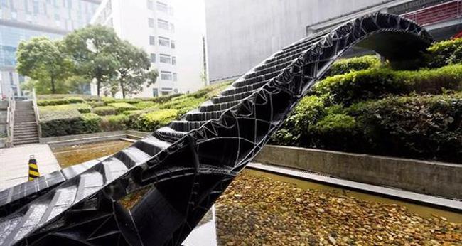 Trung Quốc xây cầu bằng công nghệ in 3D (14/1/2019)