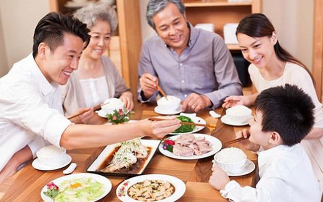 Duy trì bữa cơm gia đình là chìa khóa gìn giữ hạnh phúc bền lâu (10/1/2019)
