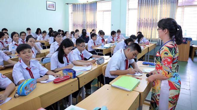 Chương trình giáo dục phổ thông mới: Liệu có thực sự giảm tải? (8/1/2019)