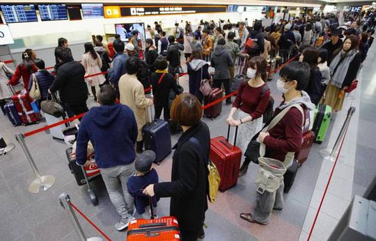Chính sách thuế mới đối với du khách rời khỏi Nhật Bản gây nhiều tranh cãi (3/1/2019)