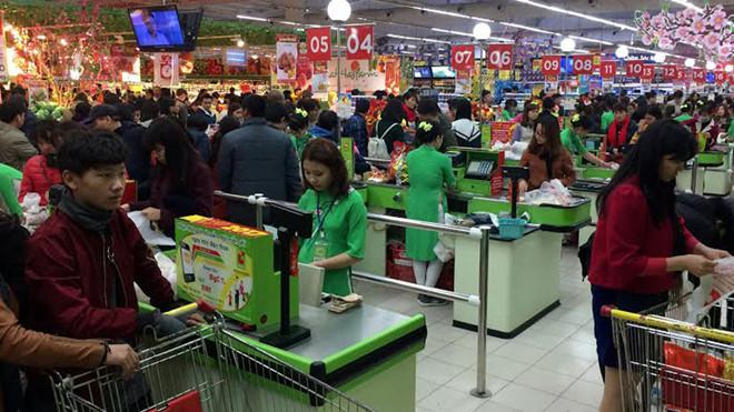 Mức chi tiêu của người dân trong dịp Tết Nguyên đán năm nay sẽ tăng 30%, nhưng mặt bằng giá cả sẽ bình ổn, không tăng so với cùng kỳ năm ngoái (Thời sự trưa 27/1/2019)