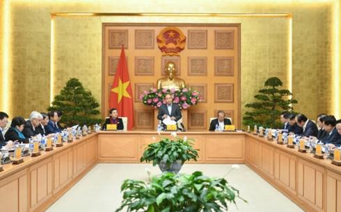 Thủ tướng Nguyễn Xuân Phúc chủ trì phiên họp Tiểu ban Kinh tế xã hội (Thời sự trưa 19/1/2019)
