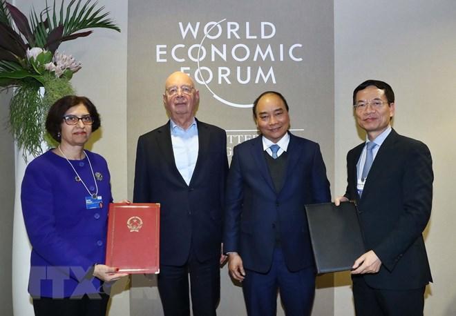 Tiếp Chủ tịch điều hành và sáng lập Diễn đàn kinh tế thế giới và lãnh đạo một số nước, Thủ tướng Nguyễn Xuân Phúc muốn nhận được ủng hộ để Hiệp định thương mại tự do Việt Nam – EU sớm được ký trong quí I này (Thời sự chiều 25/1/2019)