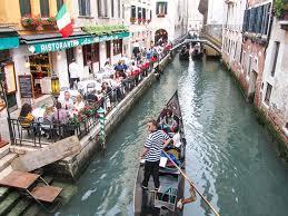 Venice thu phí du lịch để đối phó với làn sóng đông đảo du khách (2/1/2019)