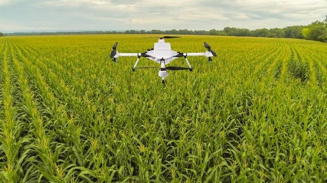 """Loạt bài """"Đào tạo nông dân chủ động tham gia nông nghiệp 4.0"""". Bài 1 với nhan đề """"Chân dép lốp bay vào vũ trụ"""" (22/10/2019)"""