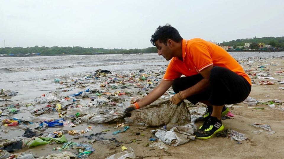 Hành trình làm sạch biển của vị luật sư Ấn Độ (28/10/2019)