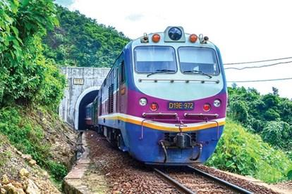 Đầu tư hạ tầng đường sắt: Phần nào Nhà nước, phần nào tư nhân? (4/10/2019)