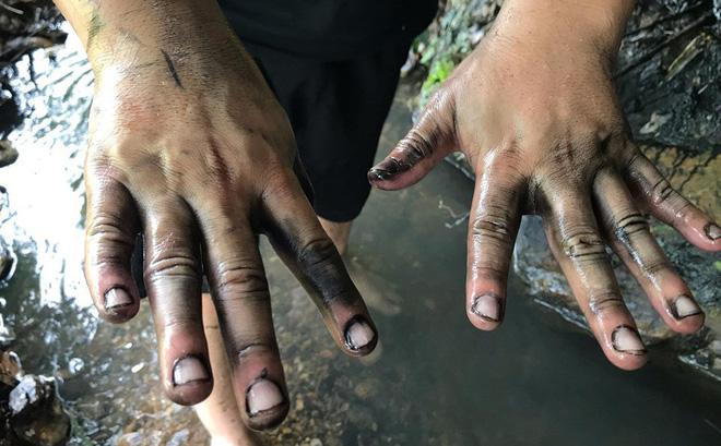 THỜI SỰ 12H TRƯA 16/10/2019: Người dân yêu cầu được bồi thường thiệt hại vì nước do công ty Cổ phần Đầu tư nước sạch Sông Đà cung cấp bị ô nhiễm.