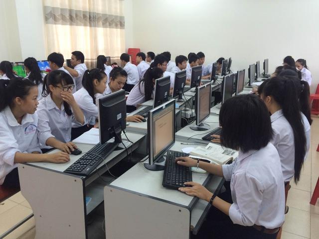 Những băn khoăn về việc thi Trung học phổ thông trên máy tính từ năm 2021 (4/10/2019)
