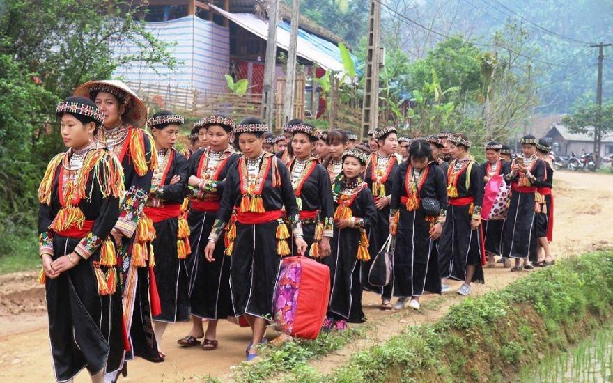 Phong tục ở rể, nét đẹp văn hóa của người Dao đỏ tại tỉnh Yên Bái (18/10/2019)