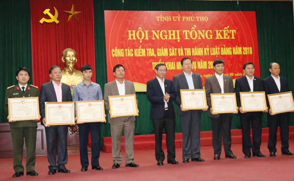 Phú Thọ tăng cường kiểm tra, thi hành kỷ luật Đảng (15/10/2019)
