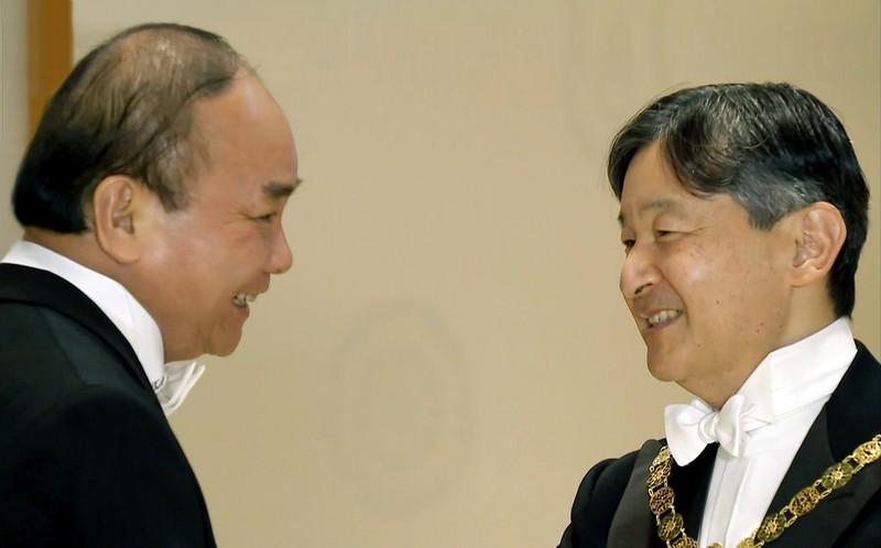 THỜI SỰ 18H00 CHIỀU 23/10/2019: Thủ tướng Nguyễn Xuân Phúc hoàn thành tốt đẹp chuyến tham dự Lễ đăng quang của Nhà Vua Nhật Bản Naruhito