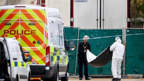 Từ vụ 39 thi thể được tìm thấy trên xe tải ở Anh: Hồi chuông cảnh báo về tình trạng buôn bán người xuyên quốc gia (25/10/2019)