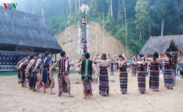 Phát triển gắn với bảo tồn giá trị văn hóa truyền thống của đồng bào dân tộc thiểu số ở Quảng Nam (4/10/2019)