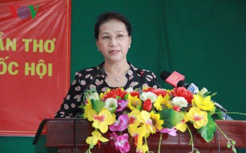 THỜI SỰ 12H TRƯA 4/10/2019: Chủ tịch Quốc hội Nguyễn Thị Kim Ngân tiếp xúc cử tri tại Cần Thơ.