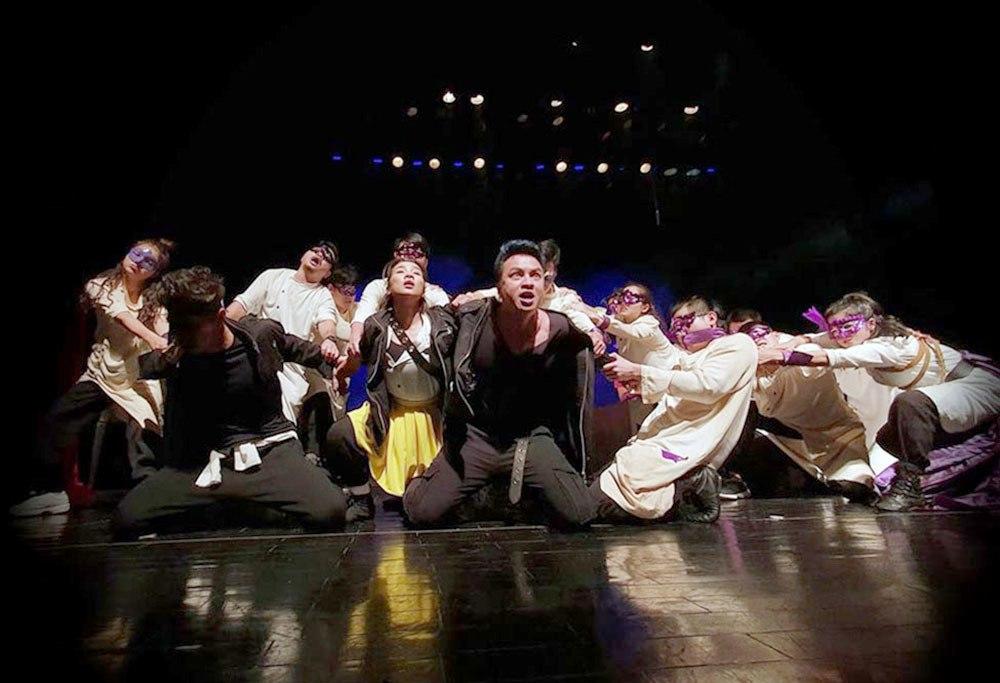 """Nhà hát Tuổi trẻ ra mắt phiên bản mới của vở kịch """"Romeo và Juliet"""" (22/11/2019)"""