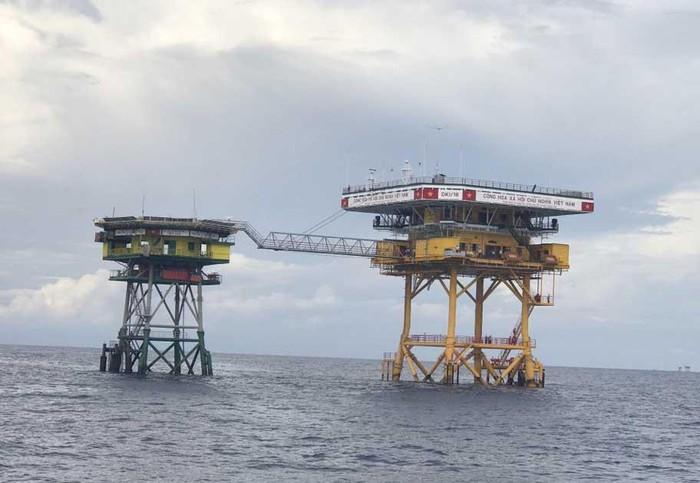 Nhà giàn DK1: Điểm tựa cho ngư dân ở thềm lục địa phía Nam Tổ quốc (25/11/2019)