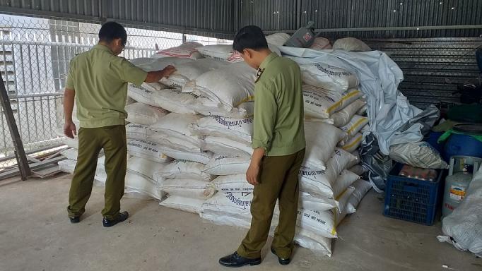 Tây Ninh: Tiếp tục tạm giữ gần 13 tấn đường cát nghi nhập lậu (19/11/2019)