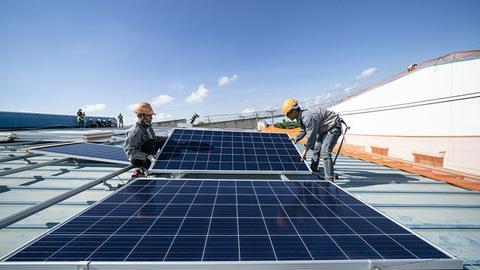 THỜI SỰ 21H30 ĐÊM 22/11/2019: Thủ tướng Chính phủ yêu cầu Bộ Công Thương rút kinh nghiệm về những tồn tại trong việc quản lý phát triển điện mặt trời, tránh để tình trạng phát triển thiếu đồng bộ như thời gian vừa qua
