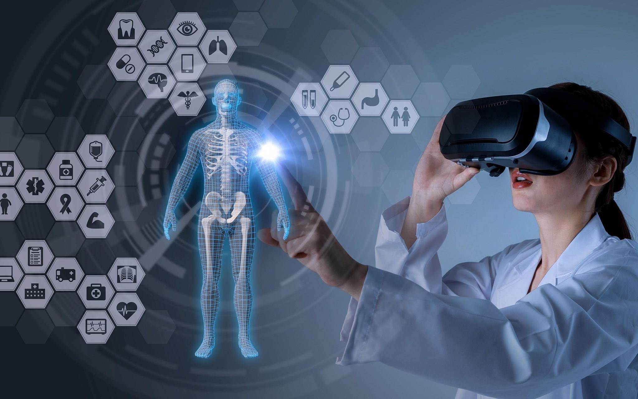 Bệnh viện đầu tiên trên thế giới hoạt động hoàn toàn dựa vào công nghệ thực tế ảo (22/11/2019)