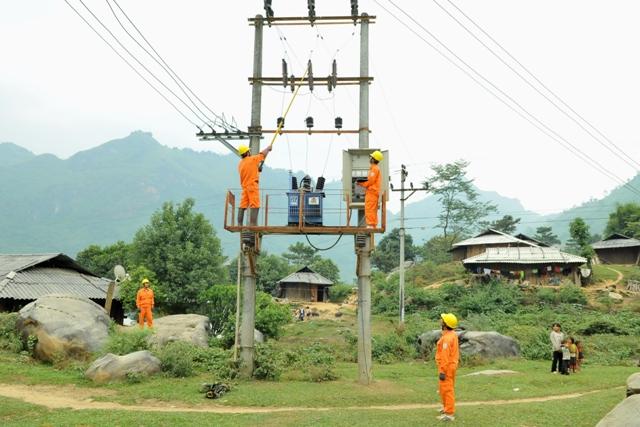 Tổng Công ty Điện lực miền Bắc: Đơn vị dẫn đầu về phát triển lưới điện nông thôn (4/11/2019)