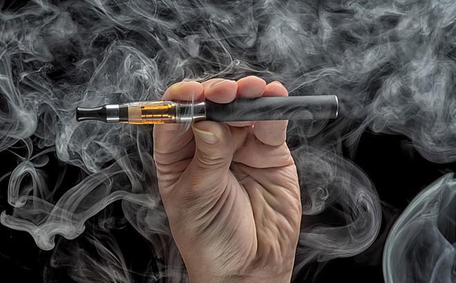 THỜI SỰ 18H00 CHIỀU 16/11/2019: Có thêm những bằng chứng chứng minh sự nguy hiểm của thuốc lá điện tử khi tiếp tục có trường hợp tử vong do  hợp chất độc hại trong thuốc lá điện tử