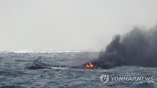 THỜI SỰ 12H TRƯA 20/11/2019: Bộ trưởng Bộ Lao động Thương binh và Xã hội yêu cầu cơ quan chức năng Việt Nam phối hợp tìm 6 thuyền viên Việt Nam mất tích tại Hàn Quốc.
