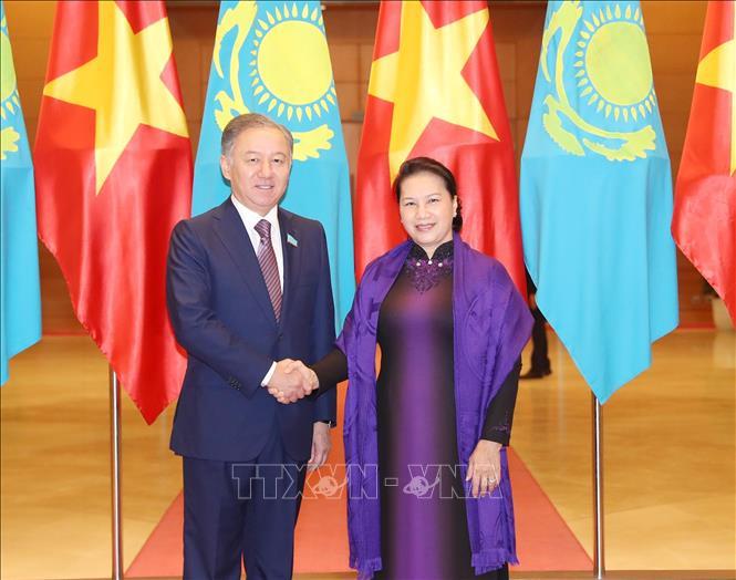 THỜI SỰ 12H TRƯA 14/11/2019: Chủ tịch Quốc hội Nguyễn Thị Kim Ngân đón và hội đàm với Chủ tịch Hạ viện Cộng hòa Kazakhstan.