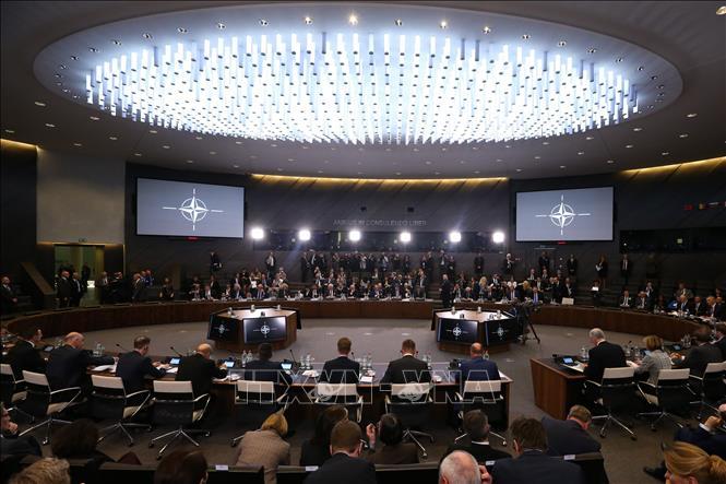 """Hội nghị Ngoại trưởng NATO """"nóng"""" vấn đề cải tổ (22/11/2019)"""