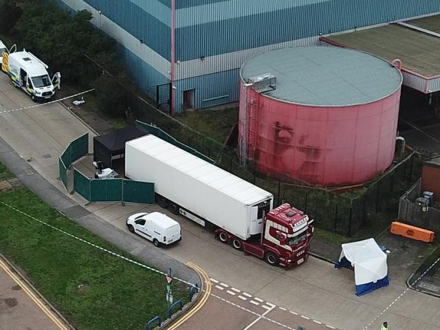 Thông tin xung quanh vụ 39 người bị thiệt mạng trong container tại Anh (1/11/2019)