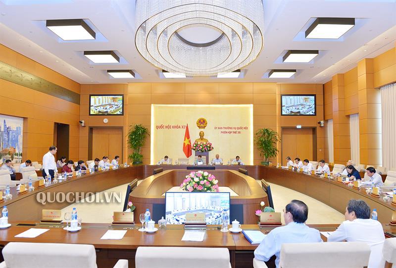 Dự án Luật sửa đổi, bổ sung một số điều của Luật Tổ chức Quốc hội - có nên tăng số lượng đại biểu Quốc hội chuyên trách (11/11/2019)