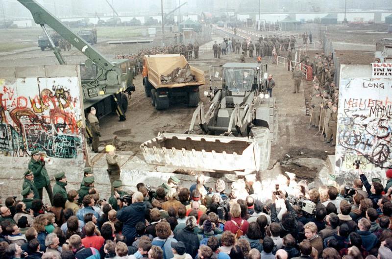 30 năm Bức tường Berlin và dòng chảy lịch sử (10/11/2019)
