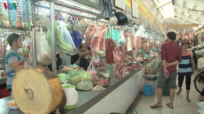 Bình ổn thị trường thịt lợn cần có giải pháp đồng bộ (25/11/2019)