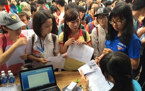 Sinh viên đi làm thêm, tiềm ẩn nhiều rủi ro (16/12/2019)