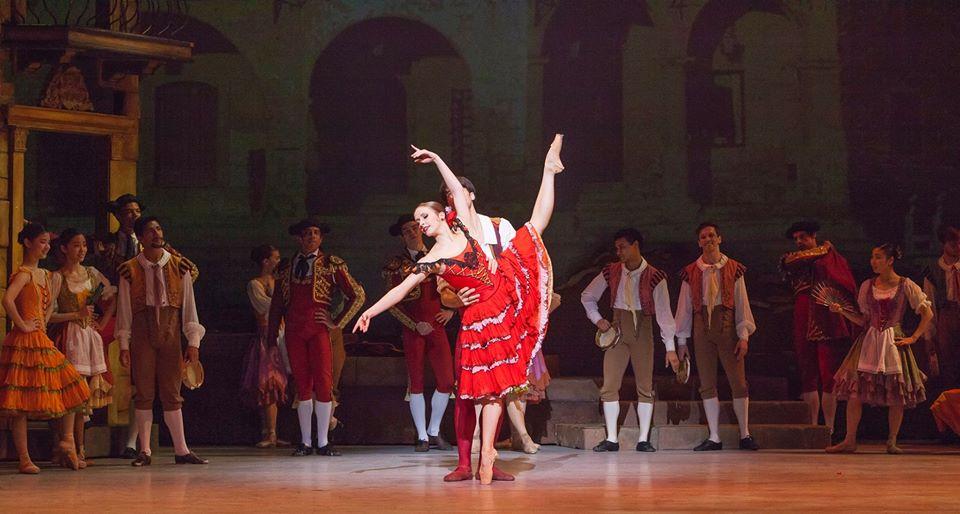 Nữ vũ công ba lê người Mỹ đang trở thành nguồn cảm hứng cho nhiều bạn trẻ về nghị lực và sự kiên trì để chạm tới thành công (30/12/2019)