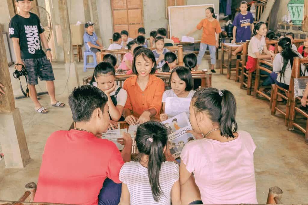 Du lịch xanh: Vừa đi du lịch, vừa dạy học cho trẻ em nghèo (29/12/2019)
