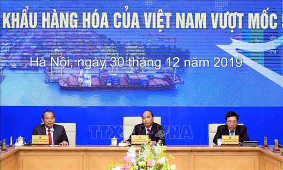 THỜI SỰ 6H SÁNG 31/12/2019: Lễ ghi nhận xuất nhập khẩu hàng hóa của Việt Nam đạt mốc 500 tỷ USD.